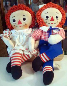 Raggedy Ann and Raggedy Andy